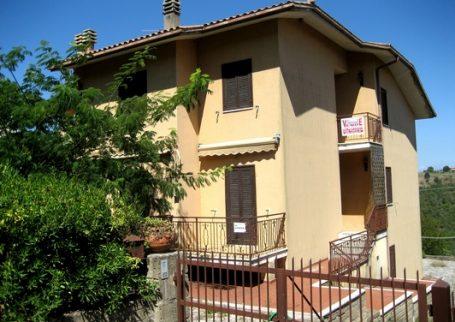 Pvtm 121 Porzione di villa Manciano